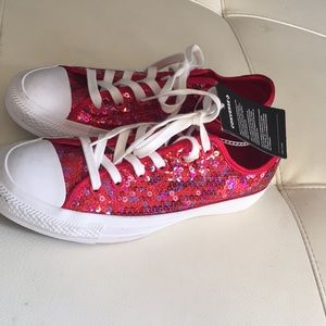 NWT Converse Chuck Taylor All Star Red Sequin 8.5
